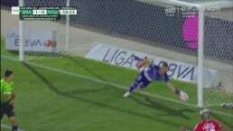 ¿Cómo lo detuvo? Vázquez Mellado le arrebata el gol a Nico Ibáñez