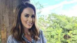 Jacky Bracamontes presume el momento en que sus hijas la ven actuar en su nueva telenovela: '¡Ahí está mamá!'