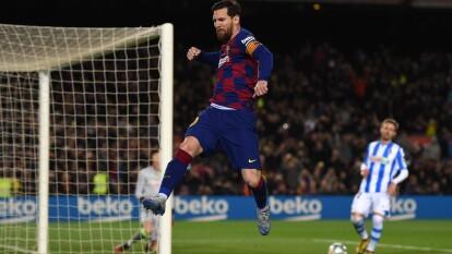 Los blaugranas se impusieron por la mínima en el Camp Nou y llegan a 58 unidades.   Messi fue el encargado de abrir el marcador sobre el final del partido.