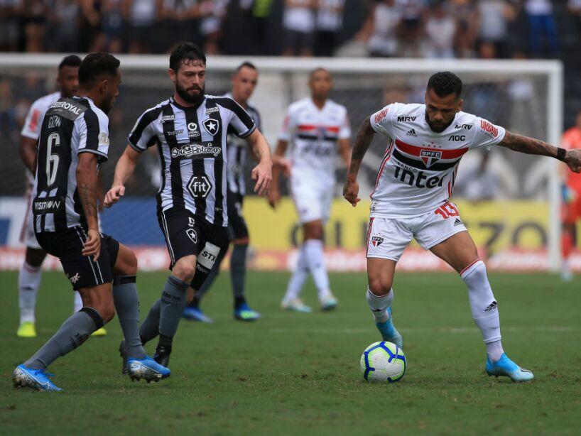 Botafogo v Sao Paulo - Brasileirao Series A 2019