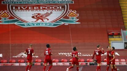 Con goles de Trent Alexander-Arnold, Mohamed Salah, Fabinho y Mané, el Liverpool está a un empate del Manchester City o una victoria más, de proclamarse campeón.
