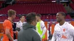 Héctor Moreno y De Jong rompen protocolo y cambian playeras