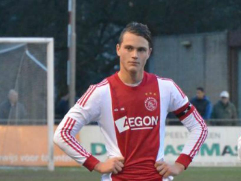 Ajax Twitter.png