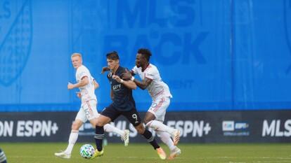 Alan Pulido y el Sporting KC avanzan en el MLS is Back   Vencieron al Real Salt Lake 0-2 y acumulan seis unidades, suficientes para instalarse en la siguiente ronda.