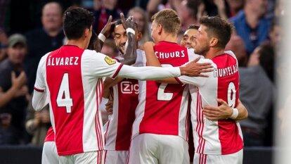 El Ajax mostró su mejor versión para derrotar 4-1 al Heerenveen. Tagliafico en dos ocasiones, Schuurs y Tadic anotaron para los 'ajacied'. Edson Álvarez jugó 80 minutos.