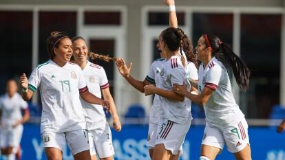 Con goles de Liliana Mercado, Stephany Mayor, Kiana Palacios, Jimena López y doblete de Renae Cuéllar, México gole y continúa con su paso perfecto rumbo a Tokio 2020.