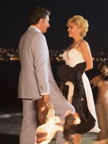 Tras la desilusión amorosa con Arturo de Córdova, el reencuentro con Emilio despierta una nueva esperanza en el corazón de Silvia.