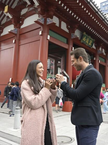 Zuleyka Rivera y Sebastián Rulli viajaron a Japón para grabar escenas de la serie 'El Dragón', producida por Carlos Bardasano. En la historia, los actores dan vida a 'Asya' y 'Miguel', respectivamente.<br><br><i>'El Dragón', de lunes a viernes 9:30 pm. con Las Estrellas</i></br></br>
