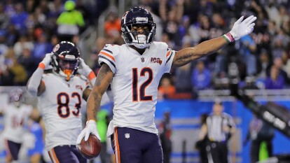 Chicago Bears gana en Detroit y se mantiene en la pelea por los playoffs.