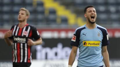 Frankfurt cayó ante Monchengladbach en el regreso de la Bundesliga | M'Gladbach venció a domicilio 1-3 a Eintracht, quienes se salvaron de caer por un marcador más abultado.
