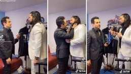 Omar Chaparro y Poncho de Nigris fingen que se besan al ritmo de 'Bichota'
