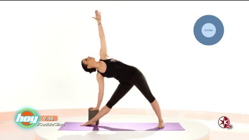 Fortalece tus piernas con yoga