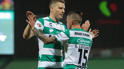 Con goles de Hugo Rodríguez y Brian Lozano, Santos vence 2-1 a Necaxa y es cuarto en la tabla general.