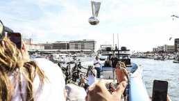 """Llaman """"deshonrado"""" a Tom Brady por lanzar el trofeo Vince Lombardi"""