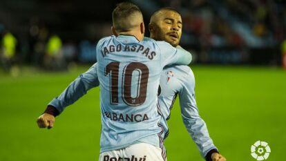 El Celta de Vigo vino de atrás para sacar los tres puntos sobre el Sevilla que fue al frente muy pronto pero terminó cayendo 2-1 con goles de Aspas y Sisto.