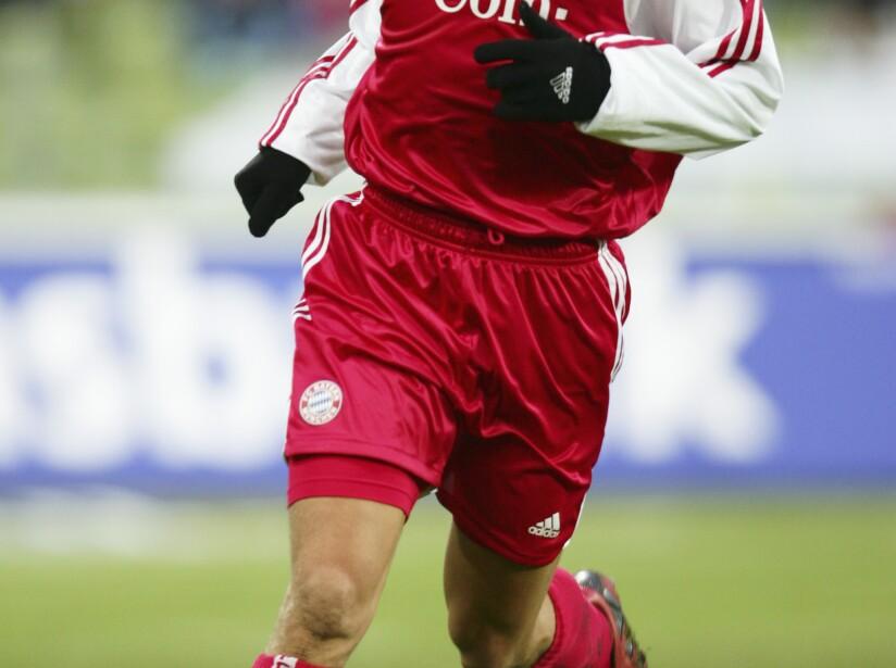 FC Bayern Munich v 04 Bayer Leverkusen