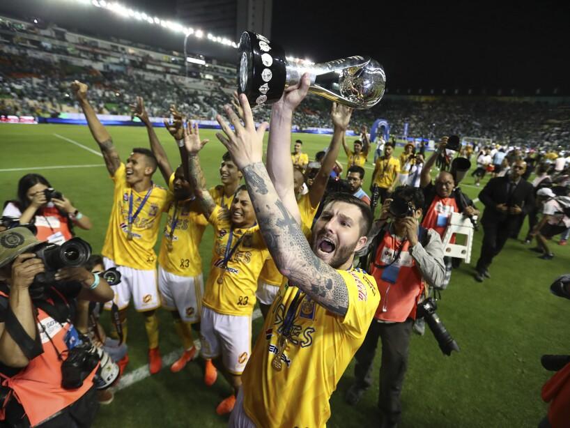 APTOPIX Mexico Soccer