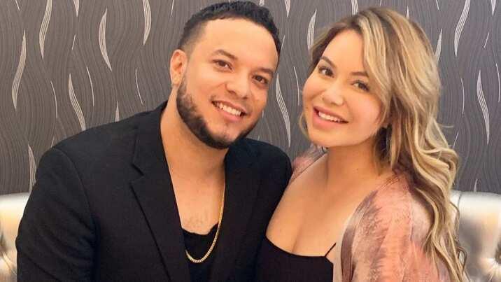 Chiquis y Lorenzo Méndez bautizan a Jenni Rivera como 'La Cupido'