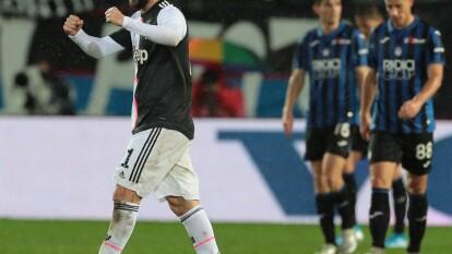 Cristiano Ronaldo no fue convocado al encuentro y los de Maurizio Sarri se llevan el encuentro 3-1 con dos de Higuaín y uno de Dybala. Gosens (56') adelantó a los de casa, pero Higuaín (74', 82') anotó en dos ocasiones para darle vuelta al partido y Dybala (92') anotó el 3-1 final.