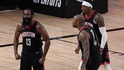 Oklahoma City pelea hasta el último segundo, pero no es suficiente y se despiden de los Playoffs al caer 102-104 frente a los Houston Rockets.