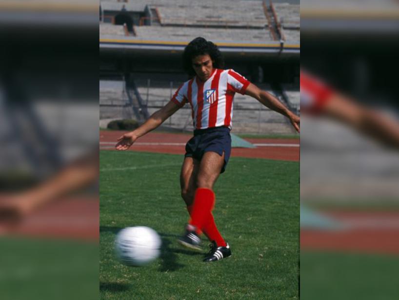 Hugo Sánchez, 3.png