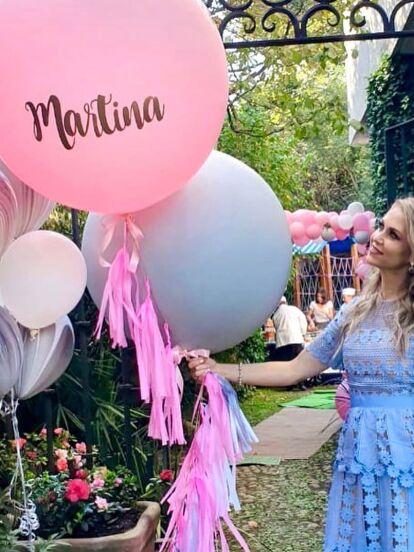 Ingrid Martz y su esposo, el fotógrafo Rodrigo Luque, celebraron el bautizo de su hija Martina el pasado 14 de diciembre en compañía de familiares y amigos.