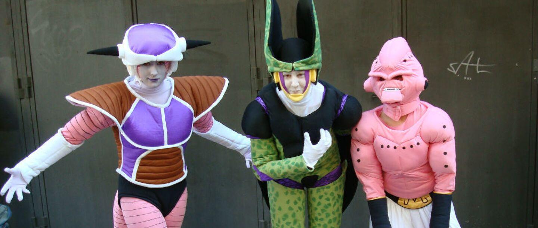 Sin duda, los fanáticos asiáticos son los más apasionados. ¡Miren nada más el detalle de estos trajes!