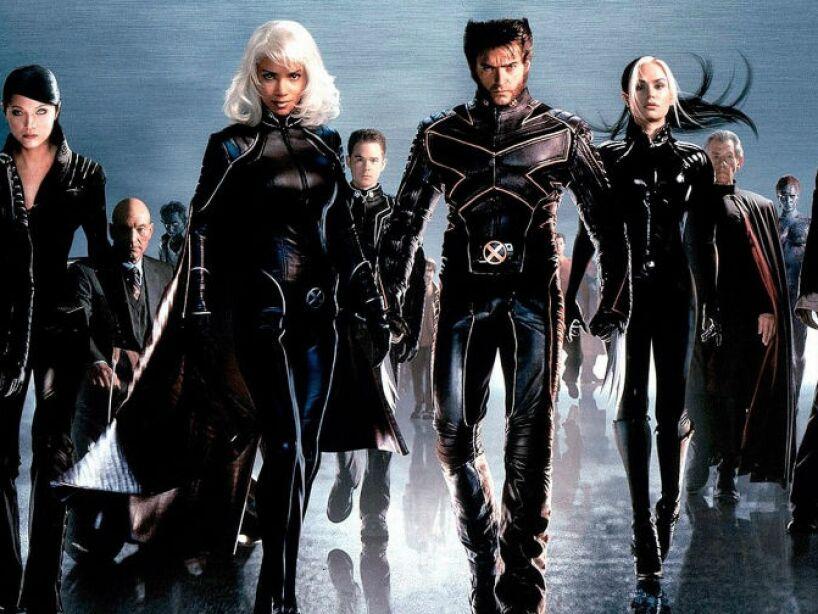 X-Men 2 (2003): Los mutantes ahora interpretados por famosos como Hugh Jackman.