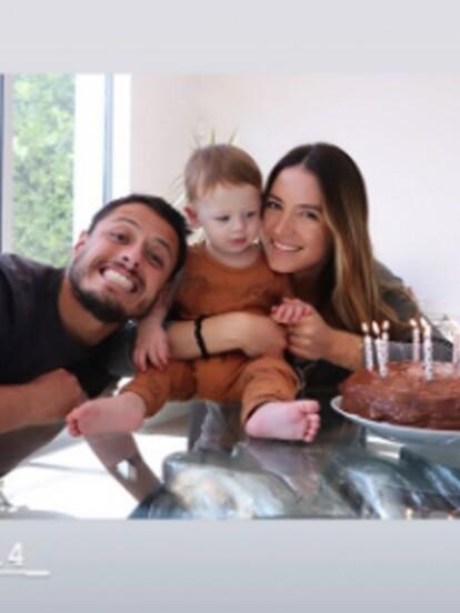 El pasado 16 de abril, Noah, el hijo de Javier 'Chicharito' Hernández y Sarah Kohan, cumplió 10 meses de edad por ello su madre le dedicó un emotivo mensaje en su cuenta de Instagram, además de mostrar el postre que realizó para esa ocasión especial.