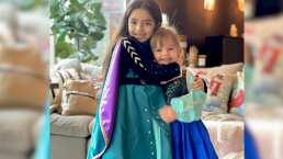 Aitana Derbez y Kailani se convierten en princesas de Disney listas para decorar el árbol de Navidad