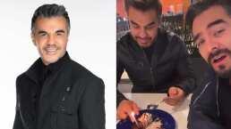 Adrián Uribe festeja su cumpleaños y Omar Chaparro se come todo el pastel