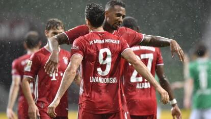 ¡Qué bávaros! El Bayern se vuelve a coronar en la Bundesliga con un gol de Robert Lewandowski y vender al Werder Bremen 0-1, a dos fechas de concluir el campeonato.