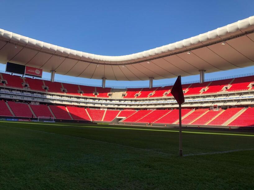 Color Chivas vs Juárez 1.jpeg