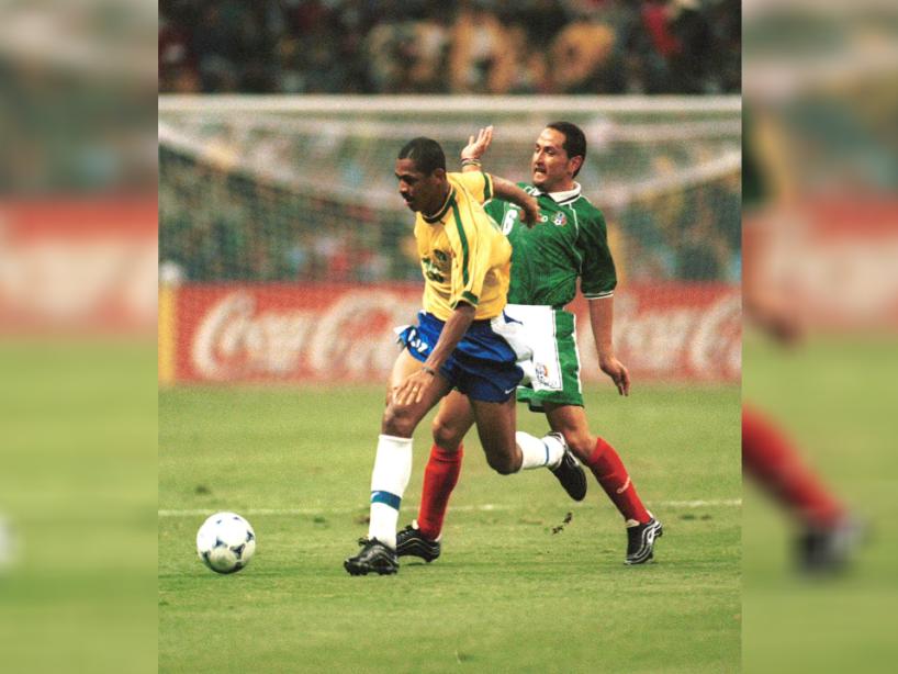 3 confederaciones mexico brasil.png