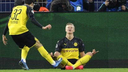 Un duelo intenso en octavos de final en la Champions League entre Dortmund y Paris Saint-Germain.