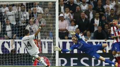 Se cumple un lustro del gol de Javier Hernández con Real Madrid que eliminó a los Colchoneros en Cuartos de Final.