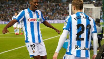 Con goles de Martin Odegaard y Mikel Oyarzabal, la Real Sociedad gana 2-1 y toma la ventaja en la semifinal de la Copa del Rey.