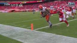 ¡TD de Browns! Jarvis Landry atrapa el ovoide en las diagonales