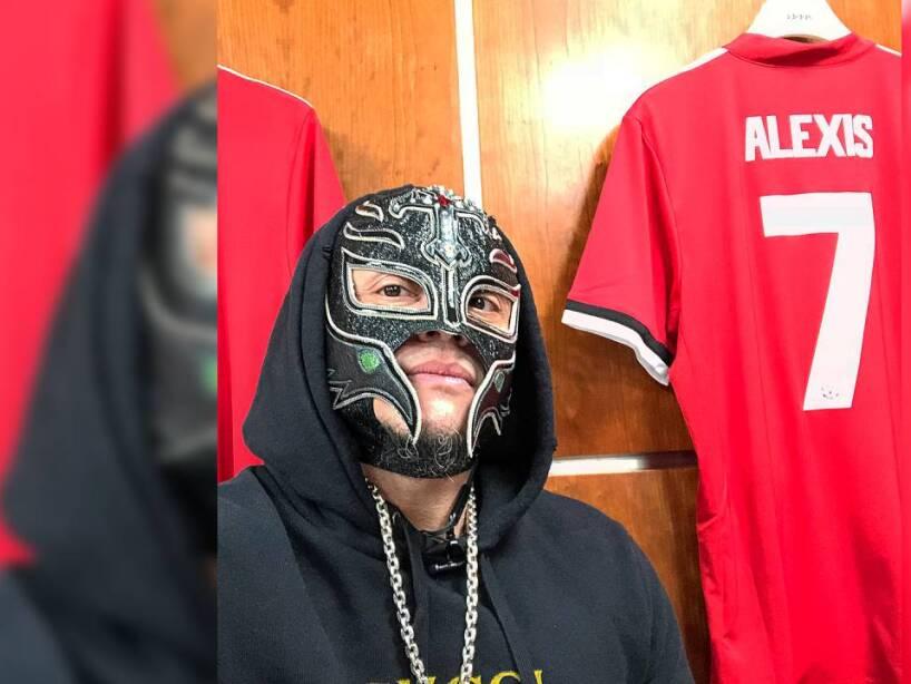 Rey Mysterio 10.jpg