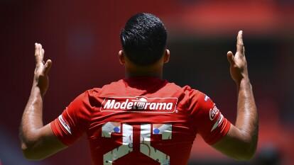 Los Diablos de Toluca vencen a los Tigres de la UANL tres goles a dos; los universitarios registran su primera derrota en el torneo Guard1anes 2020. Gignac fue autor de los dos goles, mientras que Canelo y Triverio le dan la victoria a Toluca.