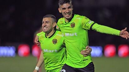 Victor Velázquez (39') y Martin Rabunal (48') le dan la tercera victoria del torneo a los Bravos.