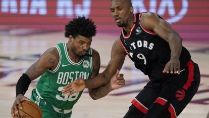 Los Toronto Raptors pegan por primera vez y se imponen a los Celtics 104-103.