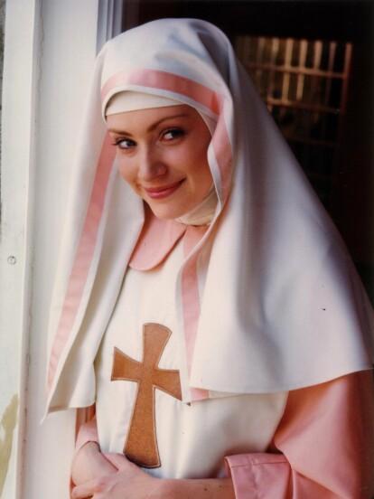 Lisette Morelos es una de las actrices mexicanas más queridas de la pantalla chica, pues ha formado parte de entrañables telenovelas como 'Camila', 'Alma Rebelde' y 'Carita de Ángel'.