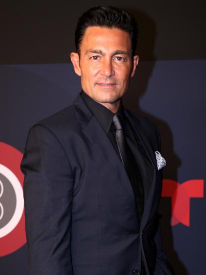 Como uno de los galanes predilectos de las telenovelas, Fernando Colunga brilló en el papel de 'Eduardo Juárez Cruz'. Sin embargo, desde 2016, cuando apareció como antagonista en la telenovela 'Pasión y Poder', el actor de 54 años se encuentra alejado de la actuación.