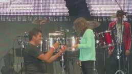Fan de Los Recoditos le pide matrimonio a su novia en pleno concierto