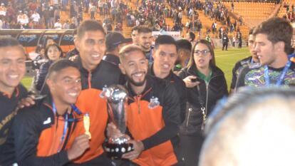 Con goles de Leandro Rodríguez al minuto 13 y Arturo Ledesma al 77, Alebrijes empata con Zacatepec, pero se lleva el ascenso MX con globlal de 5-3.