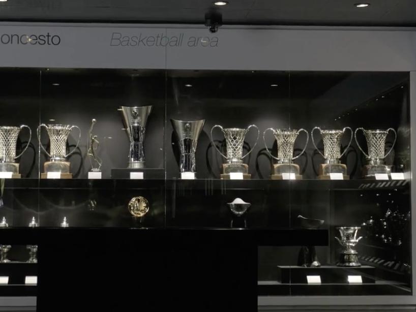 9 Santiago Bernabéu.png