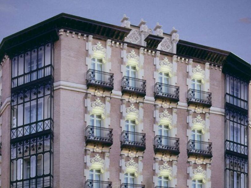 15. Melia Zaragoza: Un terrible incendio provocó la muerte de 78 personas, mismas que ahora espantan ahí.