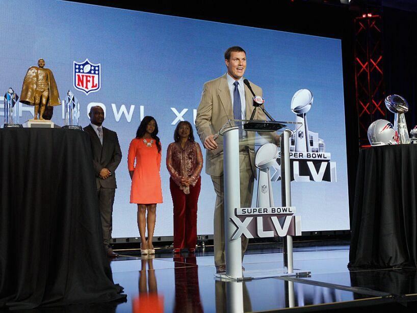 2011 Walter Payton NFL Man of the Year Award Press Conference