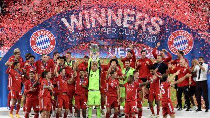 Así fue la celebración del Bayern tras conseguir la Supercopa | Consiguieron un nuevo título para sus vitrinas luego de vencer al Sevilla de Lopetegui.